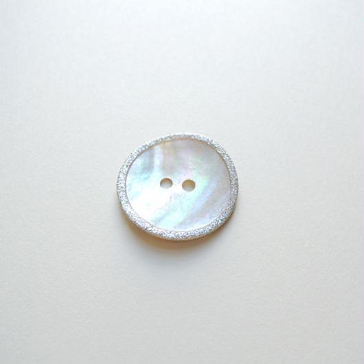 ラメ縁取り シェルボタン (JB109463 23mm)