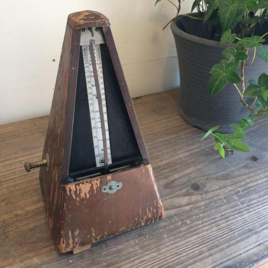 【古道具47 】希少 古い木製のメトロノーム