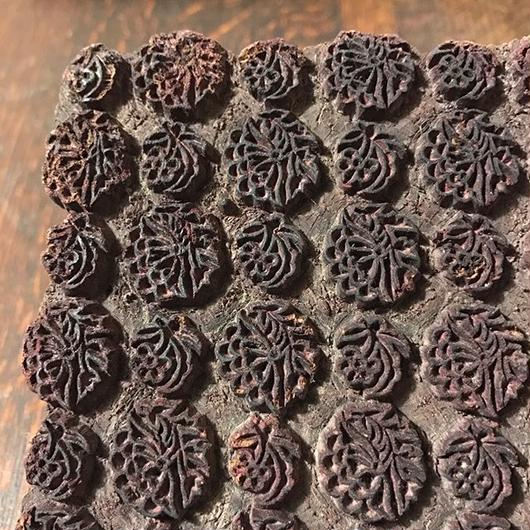 【古道具17】インド更紗の手彫り版木 印度 更紗 木版