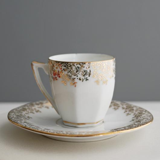 Vintage/France 野ばら伝うカップ&ソーサー
