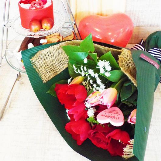 チューリップとバラのスプリングブーケ【生花】