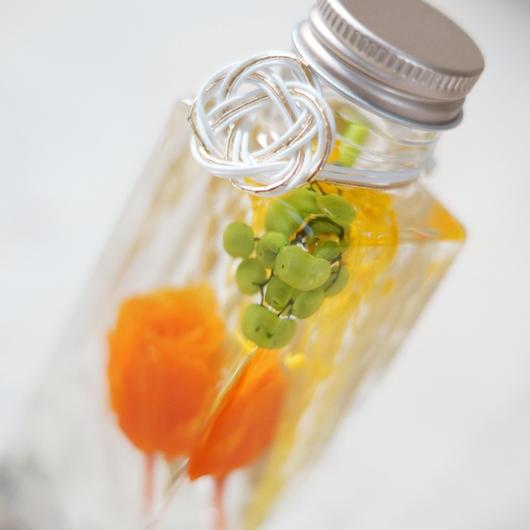 迎春ハーバリウム S【white & orange】