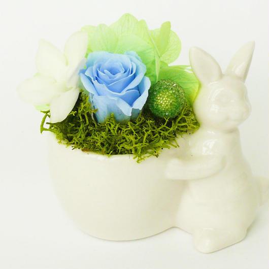プリザーブドローズのうさぎポットアレンジメント【aqua blue】