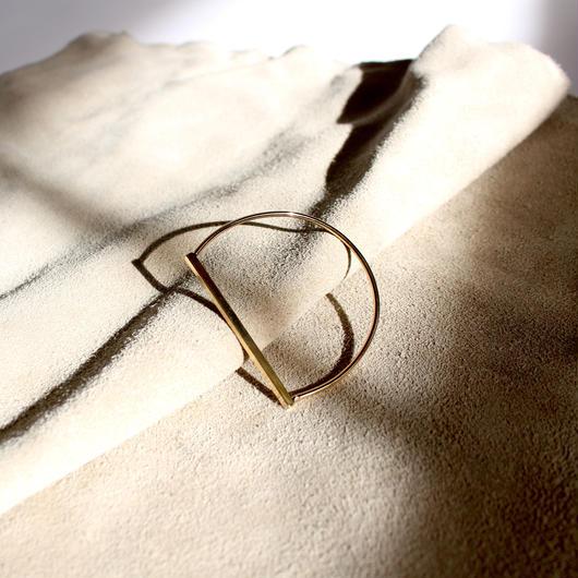 Gold semicircle bracelet