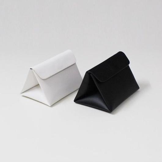 mini triangular shoulder bag