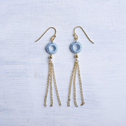 チェーンタッセルピアス・イヤリング(アイスブルー) / Long Chain Tassel Pierced Earring (Ice Blue)