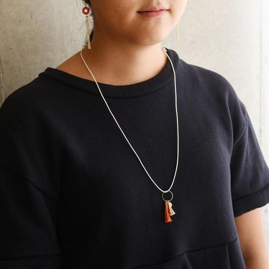 ダブルタッセルネックレス(オレンジ&ベージュ)/ Double Tassel Necklace  (Orange & Beige )
