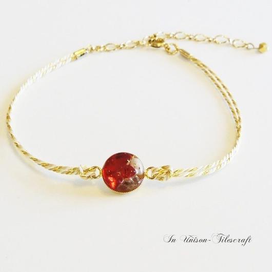 くみひも☆赤いガラス粒と天然石のアンクレット【ゴールドラメ】