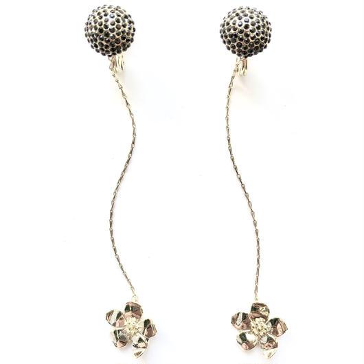 petit dalhia earring