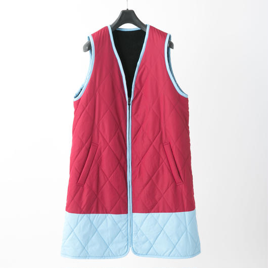 Quilted long vest (red × light blue)