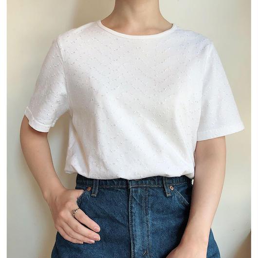 ホワイト刺繍Tシャツ