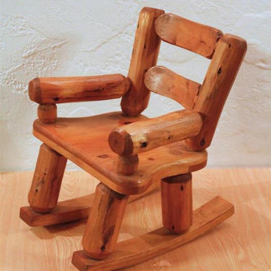 木製ロッキングチェアー風飾り椅子【台湾産ヒノキ】