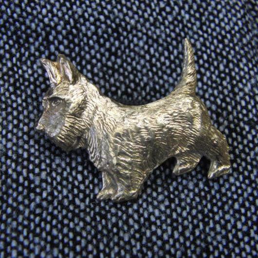 真鍮製犬型ピンズブローチ ジャケットやハットの飾りに