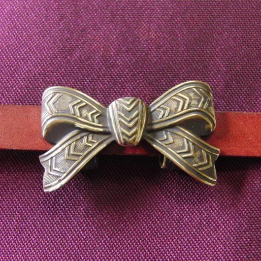 真鍮製 ミニリボン帯留め 着物や浴衣の帯どめ飾りに