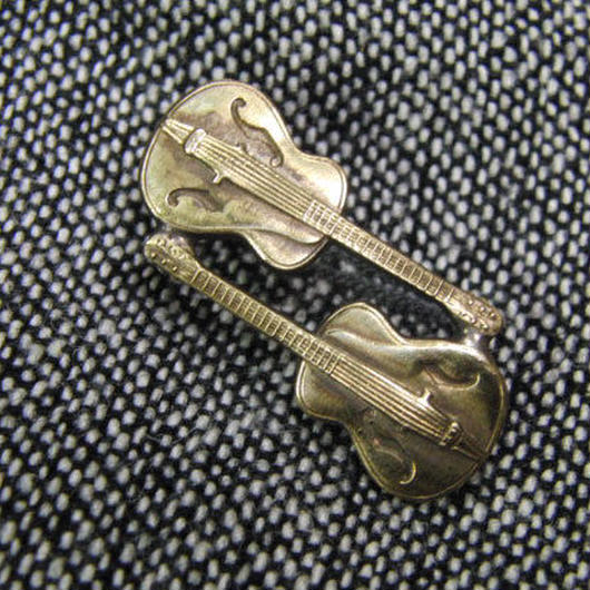 真鍮ブラス製 ギター型ピンズブローチ ジャケットやハットの飾りとして