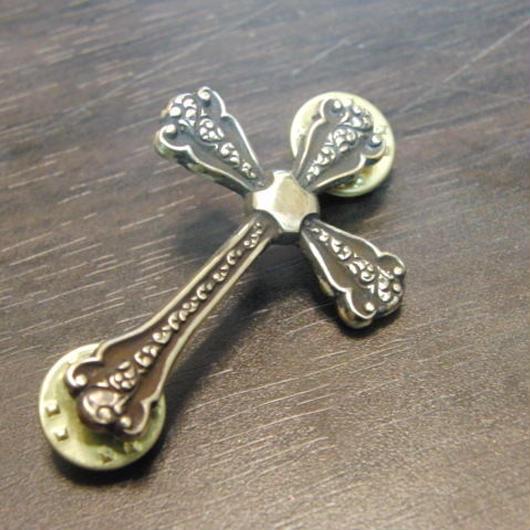 真鍮製 クロス・十字架型 ハットやバッグにピンズブローチ