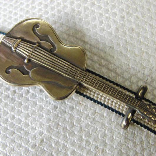 真鍮製 ギター型(大)帯留め 着物や浴衣に