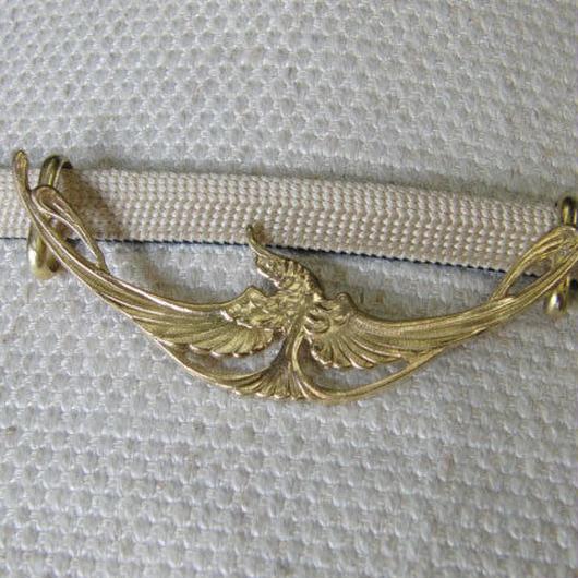 真鍮製 飛翔鳥デザイン帯留め 着物や浴衣に