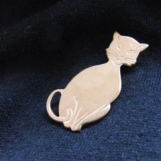 真鍮製 猫型 ハットやバッグにピンズブローチ