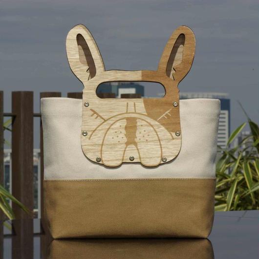 フレンチブルドッグの木製ハンドルミニト-トバッグ