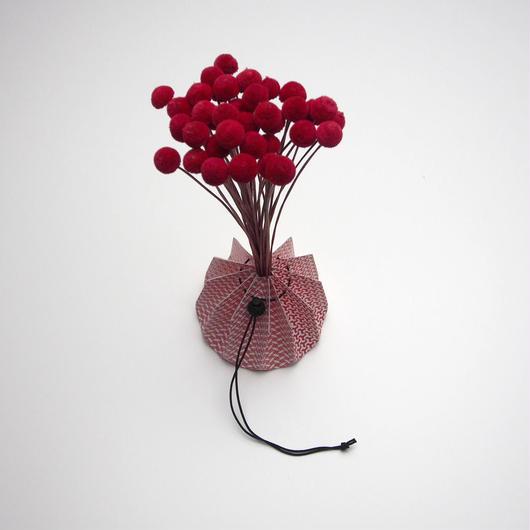 Origami vase - Japanese texture