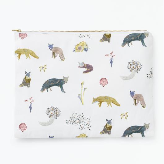 Fox Pattern Clutch Bag             キツネのクラッチバッグ