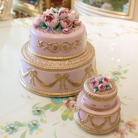 VILLARIピオニー・ケーキ型ボックス 大