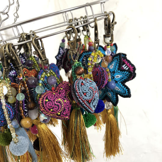 モン族刺繍のバッグチャーム(ブルー系5種類)