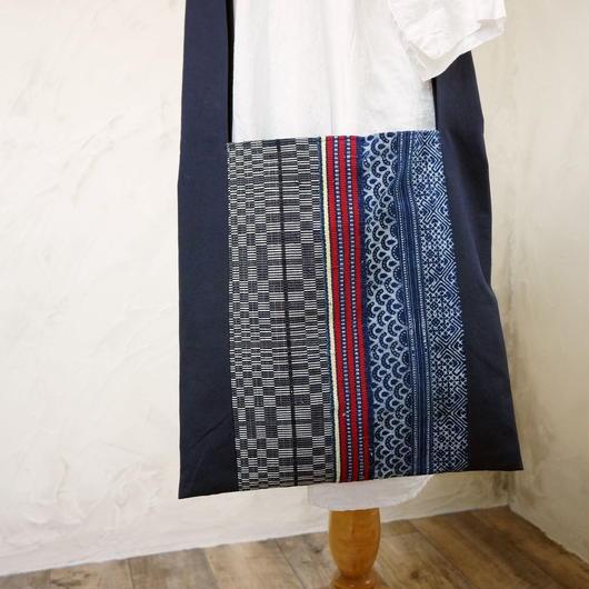タイの藍染と国産キャンバスのショルダーバッグ(C)