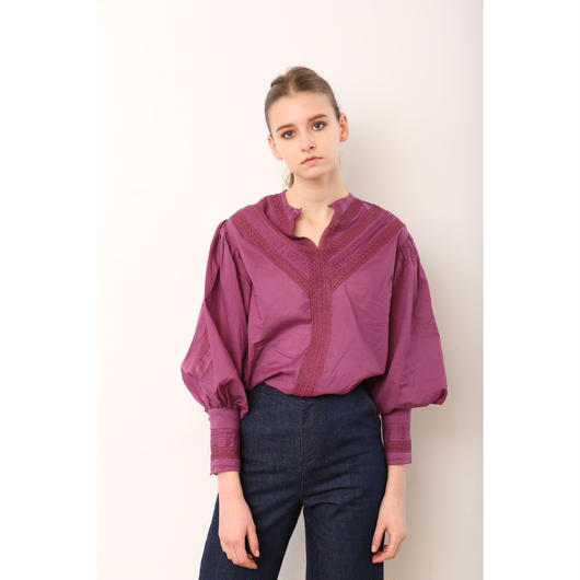 【KiiRA】SLIT NECK LACE BLOUSE/ki-3101