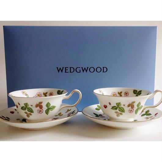 ウエッジウッド ワイルドストロベリー ティーカップ&ソーサー ピオ二ー ペア(ブランドボックス付き)