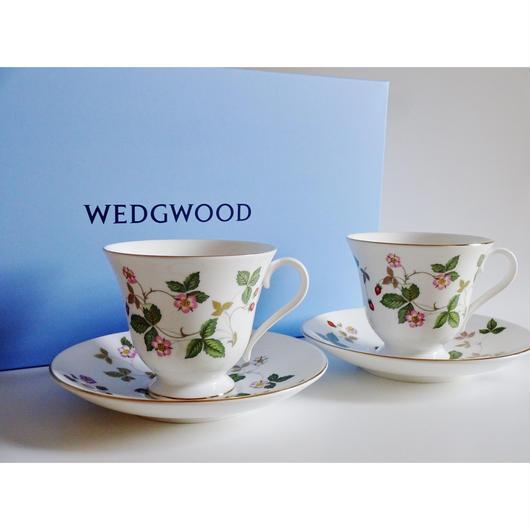 ウエッジウッド ワイルドストロベリー カップ&ソーサー ビクトリア ペア(ペアブランドボックス付き)