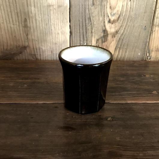 黒釉 面取 カップ  / 延興寺窯 E304