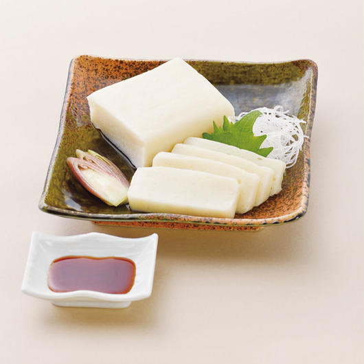 やわらか豆乳さしみこんにゃく 特製醤油たれ付                (水洗い・カットで食べれます) 規格:220g 1袋