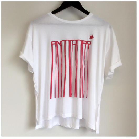 アルファベットフリンジTシャツ