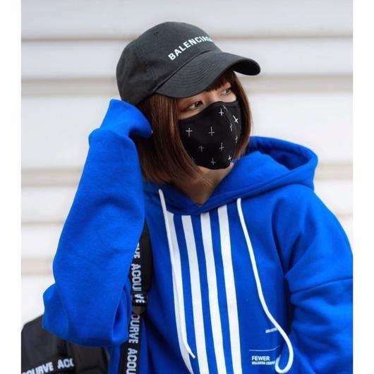 クロス黒マスク