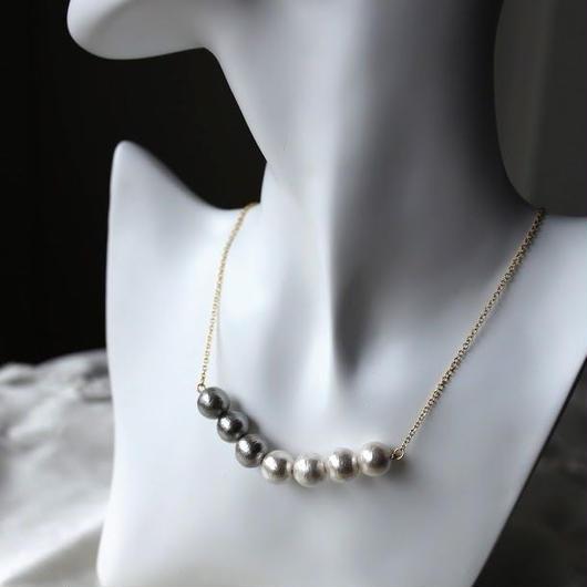 コットンパールのネックレス(コットンパール1cm)  white×gray/ anz