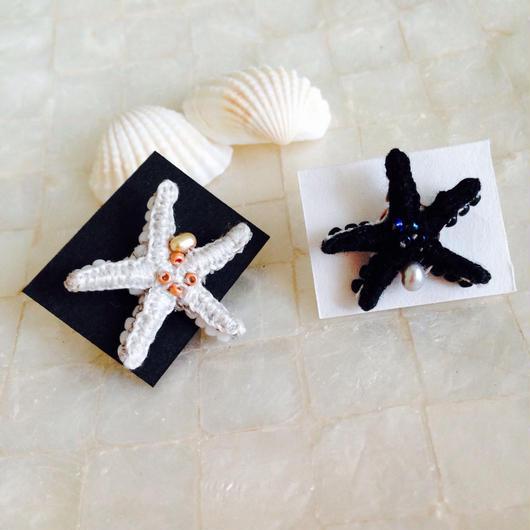【a.e.i.】刺繍アクセサリー 〜Mermaid Series〜「ヒトデのピンブローチ」淡水パール付