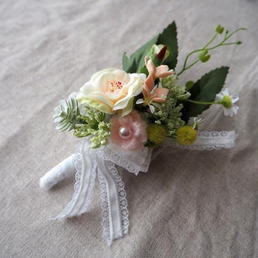 コサージュ(Petit Bouquet)/ hanashowyou