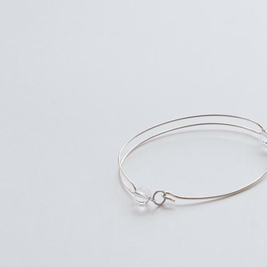 bracelet 駆け抜けろ、この灰色の世界を