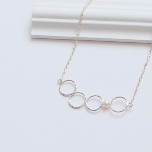 necklace 幻想の先