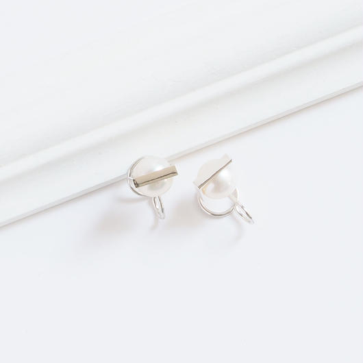 earrings かくれんぼ