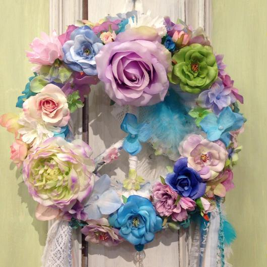 Juliet Peace Wreath