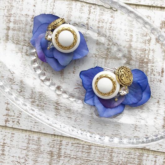 Fleur〜花びら〜ヴィンテージボタン×スワロフスキークリスタル/ブルー/ピアスorイヤリング