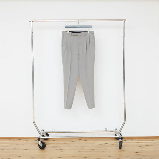 2-Tuck Tapered Trousers