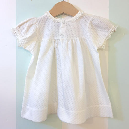 """186.【USED】OLD """"Carter's"""" white baby dress"""