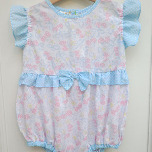 【USED】Strawberry Rompers
