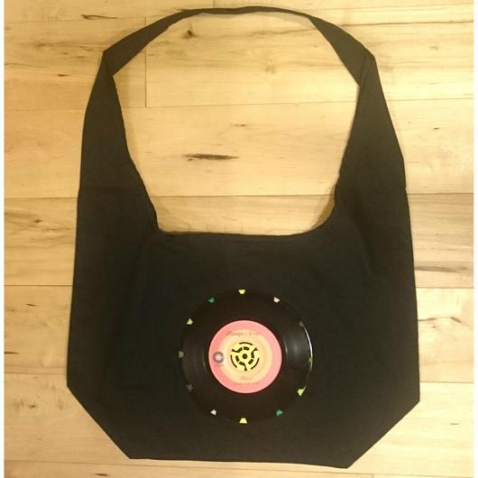 本物のレコードを使ったバッグ  「bagu」canvas shoulder  black