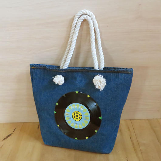 本物のレコードを使ったバッグ「bagu」デニムトートM Blue