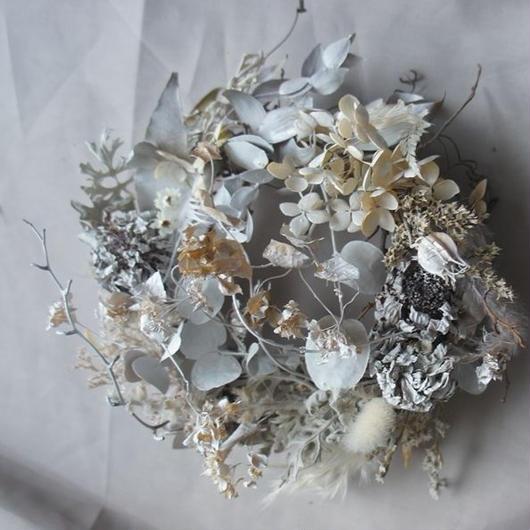 White dried wreath